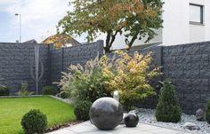 Concrete Fence Wall, Fendi, Golf Courses, Modern Design, Sidewalk, Blog, Plants, Insulation, Lisa