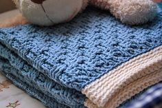 Crochet Basket Weave Afghan Baby Blanket - Pattern & Tutorial | Free Pattern & Tutorial at CraftPassion.com