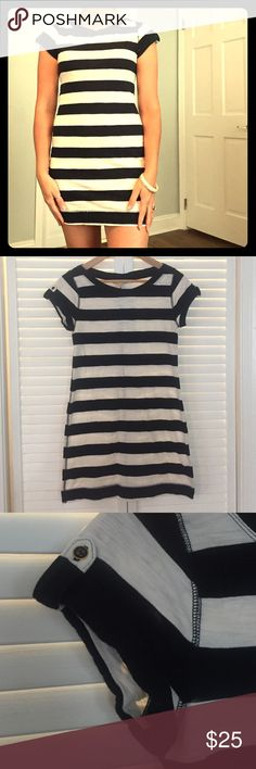 SALE Banana Republic Nautical Dress XSP ⬇️PRICE DROP⬇️ Get this before the 4th of July weekend festivities! Beyond adorable Banana Republic nautical (Navy & White Bold striped) short dress! This is a petite XS. Decorative button on each sleeve. Worn twice and ready to keep going into this Summer!! Excellent condition! Banana Republic Dresses Mini