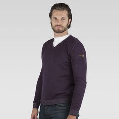 www.marinamilitare-sportswear.com #marinamilitaresportswear #FW2014 #menfashion #pullover #sprayed #bordeaux #style #fashionblogger #photooftheday #sportswear #golook #repin