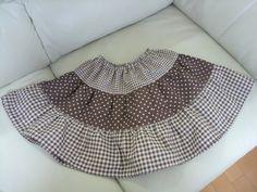 型紙いらずの子供スカート | OLと小学生のママで、コンサルタント! Handicraft, Boho Shorts, Bean Bag Chair, Sewing Patterns, Skirts, Women, Fashion, Little Girl Clothing, Boss