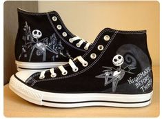 Nightmare before Christmas (? Converse All Star, Cool Converse, Painted Converse, Custom Converse, Converse Sneakers, Painted Shoes, Custom Shoes, Converse High, Nightmare Before Christmas