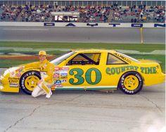 Michael Waltrip Country Time Pontiac Real Racing, Auto Racing, Michael Waltrip, Jeff Gordon Nascar, Nascar Race Cars, Daytona International Speedway, Nascar Diecast, Pontiac Grand Prix, Vintage Race Car