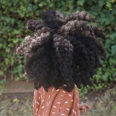 Braid Out On Natural Hair Tutorial & 25 Braid Out Styles Pelo Natural, Natural Hair Tips, Natural Hair Journey, Belleza Natural, Natural Hair Styles, 4c Hair, Coily Hair, My Hairstyle, Afro Hairstyles