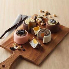 Haagen-Daz mooncakes. want to try