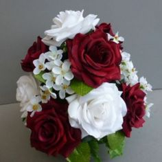 Wedding Table Flower Centrepiece With Red/White Roses