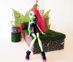 How to make a Venus McFlytrap Doll Bed Tutorial/ Monster High