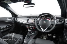Alfa Romeo Giulietta QV (2015)