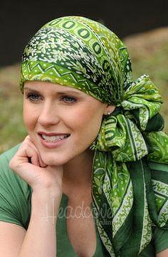 Повязываем на голову платки и шарфы