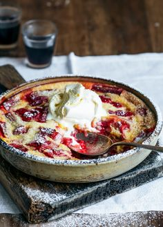 rhubarb & raspberry clafoutis – Stuck in the kitchen