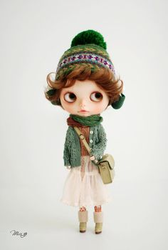 Miss yo hand-knitted Hollow Pattern Sweater Coat  for Blythe doll - doll outfit - Green