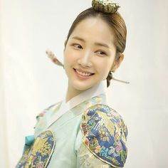 Queen for Seven Days (Hangul: 왕비; 7 Day Queen) is a South Korean television series starring Park Min-young as the titular Queen Dangyeong of Joseon, with Yeon Woo-jin and Lee Dong-gun. It airs on Park Min Young, Kyung Park, Queen For Seven Days, Kdrama, Yeon Woo Jin, Tragic Love Stories, Drama News, Choi Jin, Celebrity Bodies