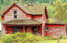 farm house orting wa. by david w. pearcy, Beautiful Lawns of Wa., via Flickr