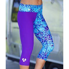Mahiku Blue & Purple Mahea Yoga Capri Leggings ($43) ❤ liked on Polyvore featuring activewear, activewear pants and yoga activewear