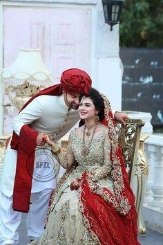 Pin by poojie' Bridal Mehndi Dresses, Walima Dress, Pakistani Wedding Outfits, Indian Bridal Outfits, Bridal Dress Design, Wedding Dresses For Girls, Bridal Lehenga, Indian Groom Wear, Pakistan Wedding