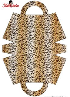 Animal Prints: Free Printable Paper Purses, plus all kinds of papers to print! these are cute but need to be sized down a good deal to make one for Barbie (I can do that).Leopard tote bag shape (there's also zebra and cow prints)A possible double sid Purse Patterns, Sewing Patterns, Leather Craft, Leather Bag, Paper Purse, Patchwork Bags, Denim Bag, Fabric Bags, Handmade Bags