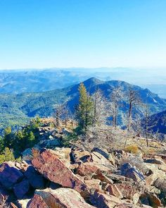 South Boulder Peak is the highest of Boulder's peaks at 2605m (8549ft). Climbing it via Shadow Canyon  #boulderinn