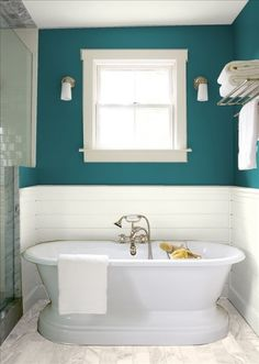 Teal paint above the white subway tile. this is the color plan! White everything except for the walls Teal paint above the white subway tile. this is the color plan! Teal Bathroom Decor, Wainscoting Bathroom, Bathroom Paint Colors, Modern Bathroom, Bathroom Ideas, Bathroom Organization, Bathroom Interior, Bathroom Accessories, Bath Ideas