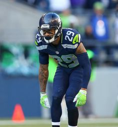 Earl Thomas: eyes of an elite safety. I knew he was gonna be amazing when he was at Texas Nfl Football Teams, Seahawks Football, Seattle Seahawks, Football Helmets, Super Bowl Winners, Earl Thomas, Football Wallpaper, 12th Man, American Football