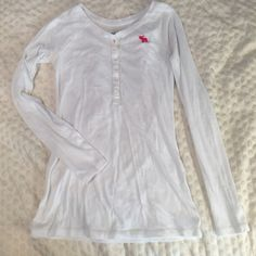 dfb61d9bf80d1 Abercrombie Kids medium White cotton 1 4 button shirt. Good condition.  Abercrombie kids Tops Tees - Long Sleeve