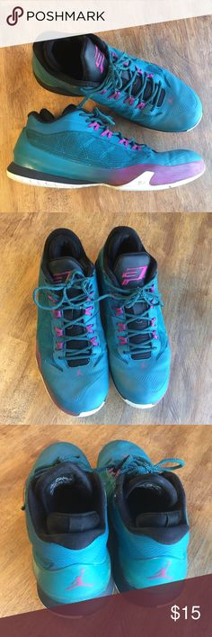 online store 53e57 97492 Jordan Lows Dark teal with fuchsia details. Good condition. The two places  with wear