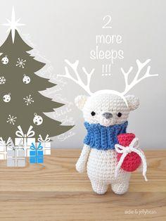 2 more sleeps till Christmas#amigurumi #handmade #aidieandjellybean #bear #almostchristmas