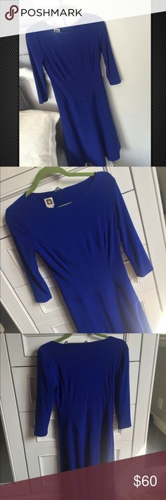 ANNE KLEIN Bright Blue Midi Dress Beautiful Bright Blue midi dress! Seamed lines in the front of the dress. Size 6. Anne Klein Dresses Midi