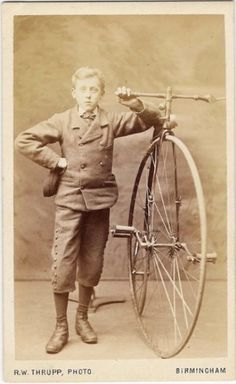 tuesday-johnson: ca. [carte de visite portrait of a boy proudly standing with his high wheeled bicycle], Robert W. Thrupp via the Museum of the History of Science Velo Vintage, Vintage Cycles, Vintage Bikes, Vintage Ads, New Bicycle, Bicycle Women, Vintage Photographs, Vintage Photos, Mongoose Mountain Bike