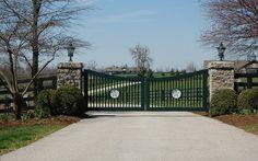 Entrance to Winstone Farm