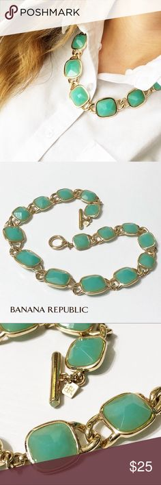 """Banana Republic Mint Green Statement Necklace This gorgeous necklace from Banana Republic has one of my favorite color combos - mint green and gold. Makes a statement! 22"""" long, toggle clasp and in excellent used condition. Questions? Please ask! Sorry, no trades. Bundle for a discount! Ships SAME day (EST) - New name brand jewelry added daily so check back often! Banana Republic Jewelry Necklaces"""