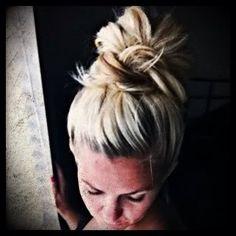 The Really Messy Top bun /Knot ~ Eisy Morgan