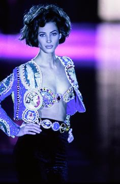 Versace Fall 1991 Ready-to-Wear Fashion Show - Linda Evangelista