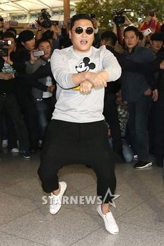 Psy ranks first on four charts of the US Billboard « KoreaDotCom Most Watched Videos, Gangnam Style, K Pop Music, Pop Songs, Latest Albums, Yg Entertainment, Music Videos, Kpop