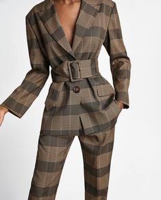 New clothes and accessories updated weekly at ZARA online. Stay in style with seasonal trends. Office Fashion, Work Fashion, High Fashion, Suit Fashion, Fashion Outfits, Womens Fashion, Fashion Trends, Mode Tartan, Suits For Women