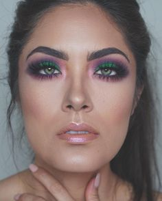Can't get enough of Melissa Alatorre's look using our Alice Through The Looking Glass Eyeshadow Palette. #UDinWonderland