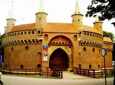 Fortaleza medieval en Cracovia, Polonia http://bedooin.com/es/cracovia-escapada-cap-de-setmana-polonia.html