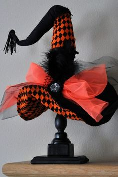 hand made witch hat | Handmade Halloween continues: Witch Hats on Etsy | Handmade Spark