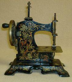 Antique Vintage German Toy Miniature Sewing Machine - Mini ...