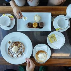 Indulge your weekend with our delight afternoon tea package! For only 50K Nett choose your dessert and get a free coffee or tea. 📞 3620800  #on20makassar | on20makassar.com