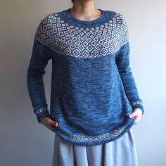 Ravelry: Pectolite pattern by amimonology Icelandic Sweaters, Wool Sweaters, Knitting Sweaters, Pullover Sweaters, Knitting Patterns, Crochet Patterns, Knitting Ideas, Yarn Needle, Knitting Projects