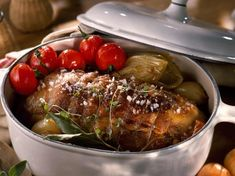 Discover the recipe for roast veal casserole - James Recipes Good Food, Yummy Food, Roasted Meat, My Best Recipe, Roast Recipes, French Food, Sweet Recipes, Carne, Entrees