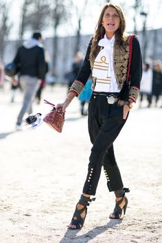 Pin for Later: The Best Street Style Snaps From Paris Fashion Week PFW Day Three Anna Dello Russo wearing a jacket, Dior sunglasses, Fendi bag and Isabel Marant shoes Milan Fashion Weeks, Paris Fashion, Autumn Fashion, Anna Dello Russo, Military Inspired Fashion, Military Fashion, Military Style, Military Jacket, Model Street Style