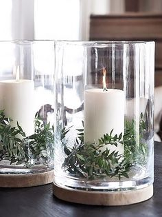 These 16 Christmas DIY centerpieces are so cute! I love how they all fit together, so pe . These 16 Christmas DIY centerpieces are so cute! I love how they all fit together so perfectly! , These 16 Christmas DIY Centerpieces Are So CUTE! Decoration Christmas, Noel Christmas, Winter Christmas, All Things Christmas, Holiday Decorations, Vintage Christmas, Christmas Candles, Christmas Projects, Christmas Greenery