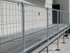 Best Wall Mounted Pipe Railing Note Details Of Building 400 x 300