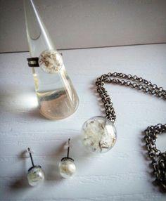 #color  #nolacapricci  #earrings #blue #dıy #pendant #pendants #necklace #necklaces #collar #ring #dandelion #dientedeleon #primavera #gold #bronce #cooper #flowers #flower #cristal