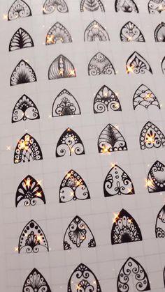 Easy Mandala Drawing, Mandala Art Lesson, Mandala Doodle, Mandala Pattern, Mandala Design, Pattern Art, Mandala Feather, Mini Canvas Art, Wow Art