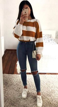 30 Chic Ways To Wear Jeans This Spring 2019 casual outfit idea / striped sweater + bag + skinny jeans + sneakers Trendy Fall Outfits, Casual School Outfits, Teenage Outfits, Cute Comfy Outfits, Casual Winter Outfits, Winter Fashion Outfits, Retro Outfits, Look Fashion, Stylish Outfits