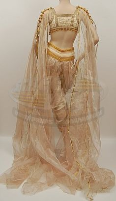 How to make a Van Helsing MARISHKA Vampire Bride Gown Dress Costume - Tested