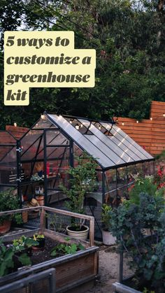 6 Greenhouse Design Tips, So You Can Give Your Plants the Home They Deserve Gewächshaus DIY Backyard Greenhouse, Backyard Landscaping, Greenhouse Ideas, Greenhouse Wedding, Cheap Greenhouse, Pallet Greenhouse, Homemade Greenhouse, Portable Greenhouse, Greenhouse Plants