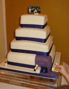 Lovely Lego Wedding Cake With Bride And Groom Cake Topper Nerdy - Crazy cake designs lego grooms cake design